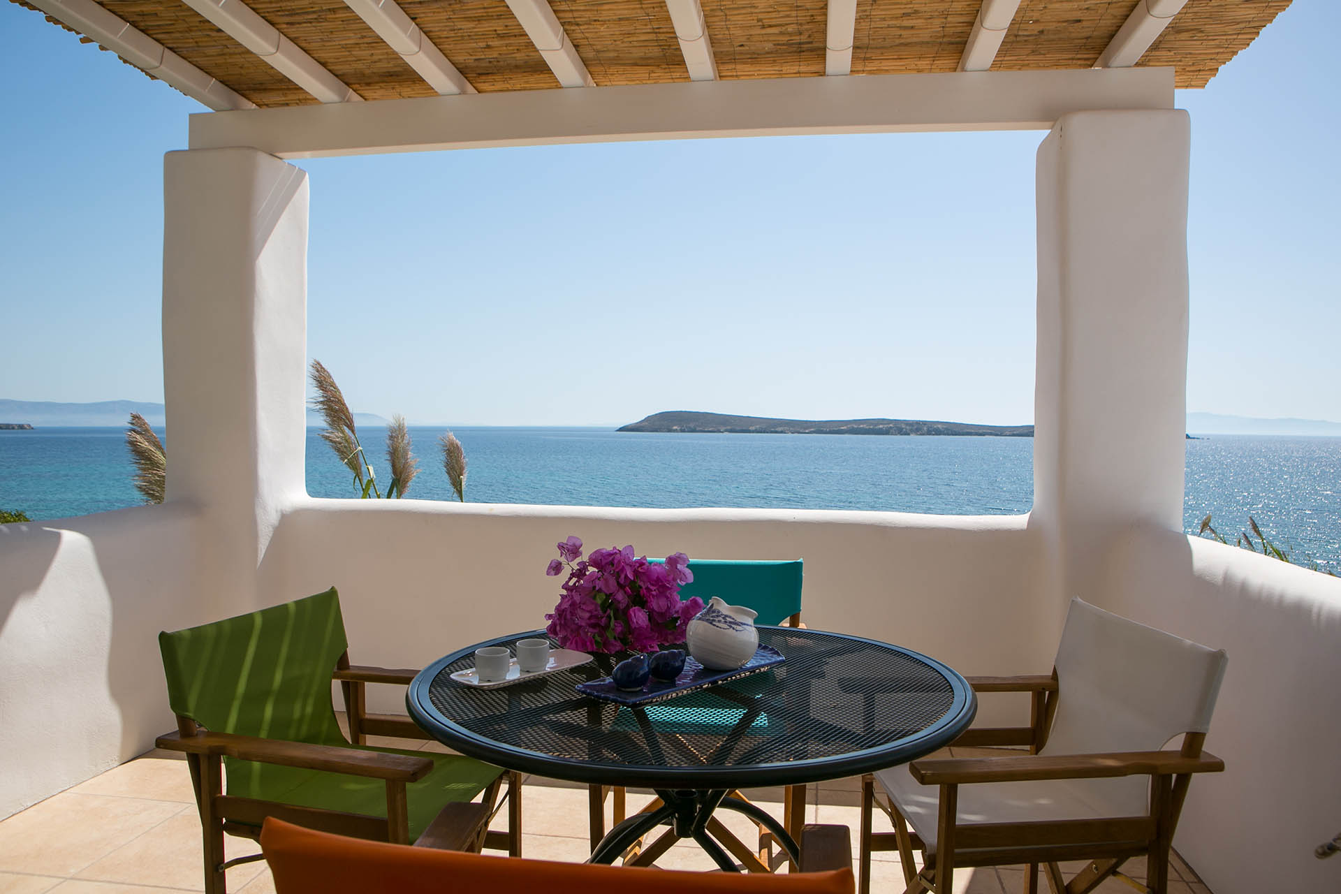 Paros – Cove Apartment for 2-4 Guests